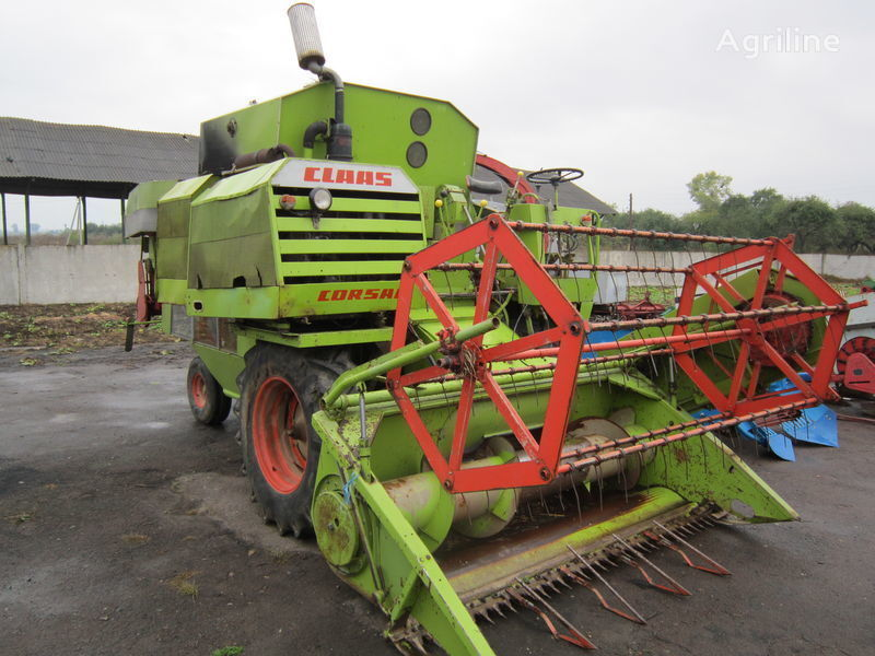 CLAAS moissonneuse batteuse
