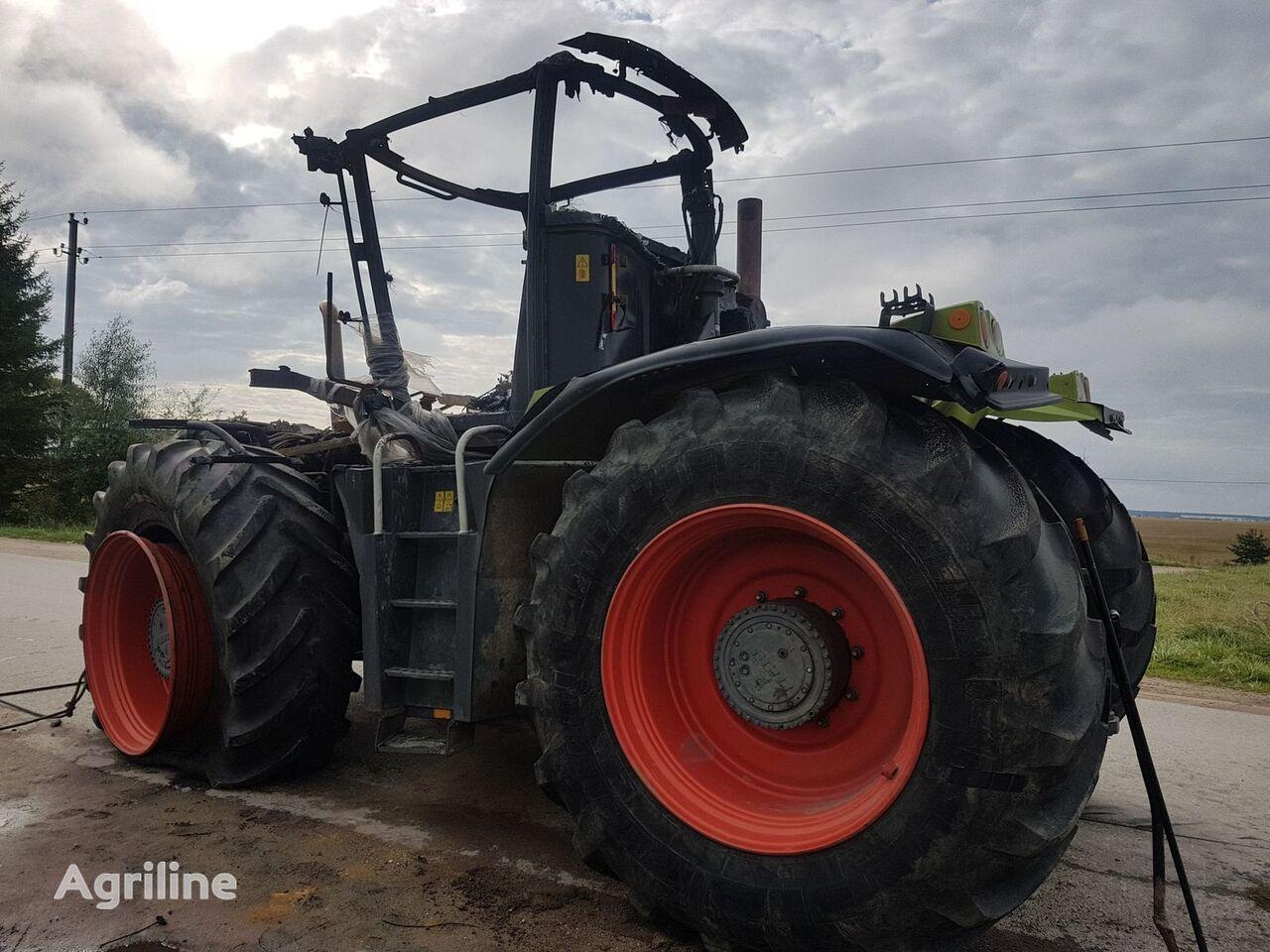 vente des tracteurs roues claas xerion 3800 apr s. Black Bedroom Furniture Sets. Home Design Ideas