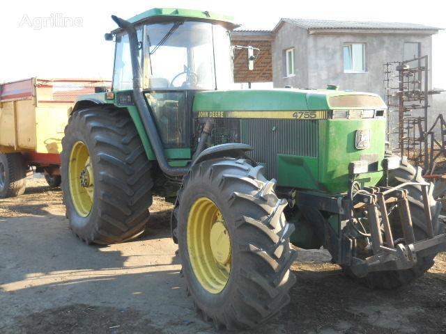 JOHN DEERE 4755 tracteur à roues