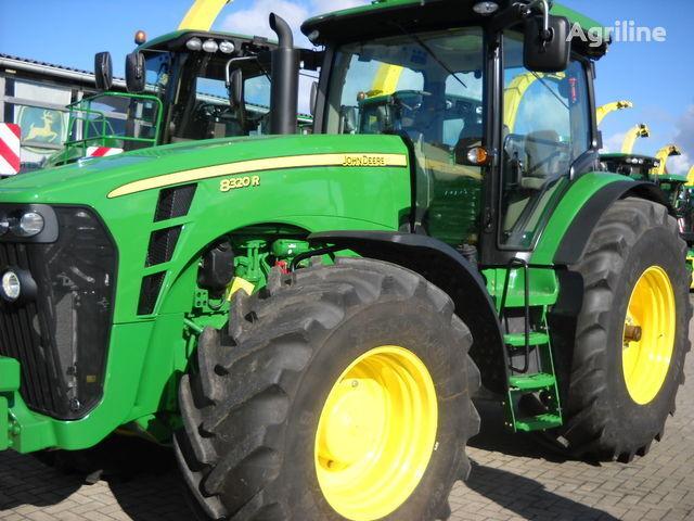 JOHN DEERE 8320 R (NOVYY) tracteur à roues