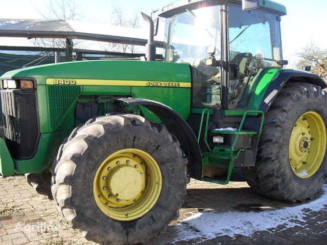 JOHN DEERE 8400 tracteur à roues