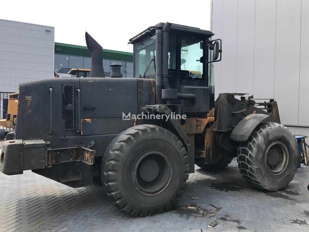 HYUNDAI HL740-7 (for parts) chargeur sur pneus