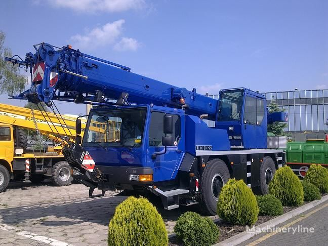 LIEBHERR LTM 1030-2.1 / AT grue mobile