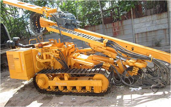 KLEMM KR806D machine de forage