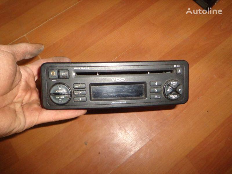 VDO CD413. 12V. CD. autoradio pour camion