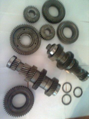 ZF 12 AS 2301 Promezhutochnye valy KPP 1327203046  1327203044 boîte de vitesses pour MAN tga  tracteur routier neuf