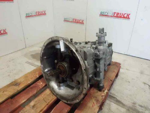 VOLVO EATON boîte de vitesses pour VOLVO V4106B camion