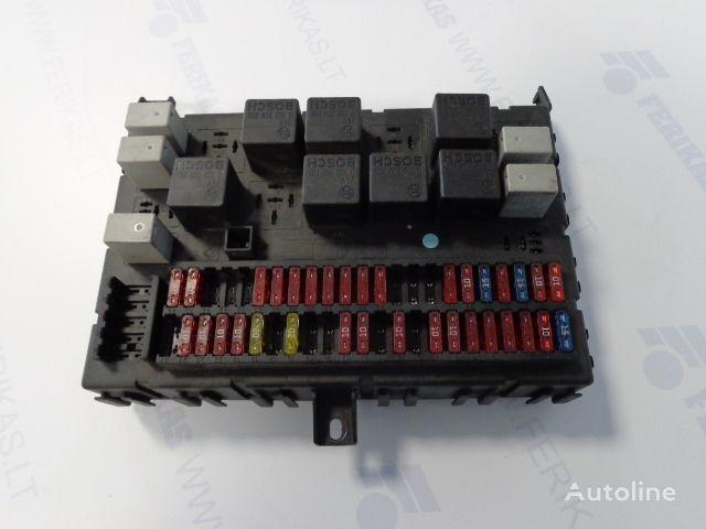 Fuse relay  protection box 1452112 boîte à fusible pour DAF 105XF tracteur routier