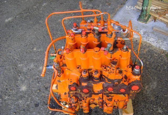 Distributor distributeur hydraulique pour FIAT-HITACHI EX 235 excavateur