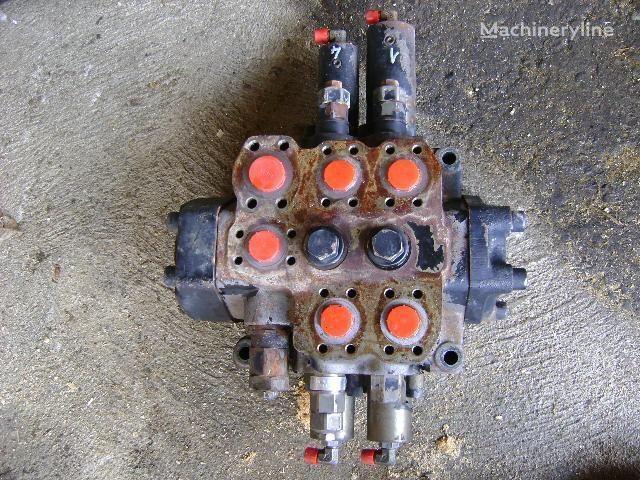 Distributor distributeur hydraulique pour FIAT-HITACHI W 190 Evolution excavateur