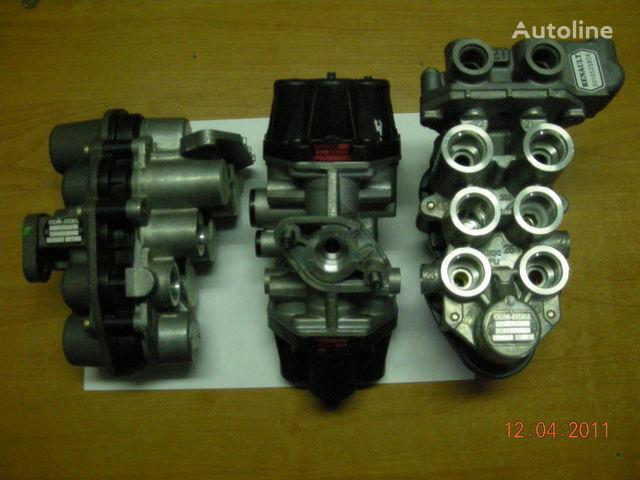 ZB4587 AE4510  AE4525 AE4502 AE 4528 AE4604  AE4162 grue pour tracteur routier