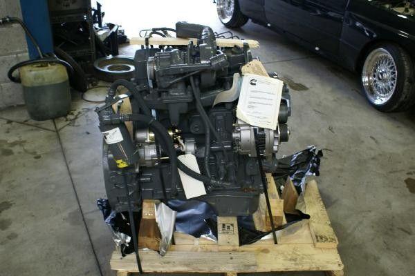 moteur pour CUMMINS 4 BT autre matériel TP