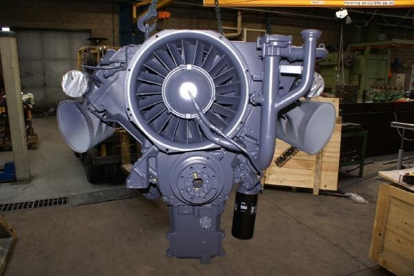 moteur pour DEUTZ F6L413 autre matériel TP