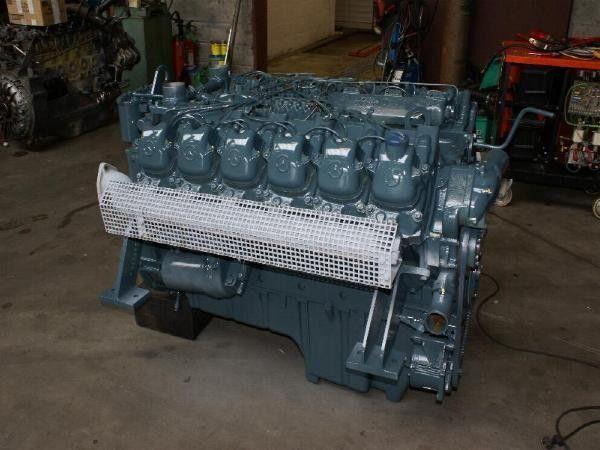 moteur pour MERCEDES-BENZ OM 404 autre matériel TP