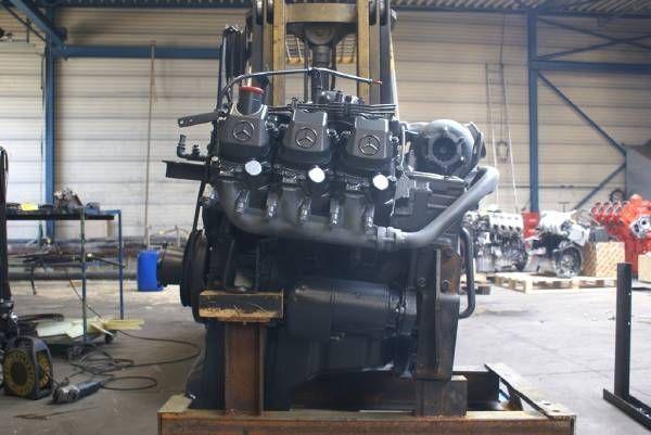 moteur pour MERCEDES-BENZ OM 421 A autre matériel TP