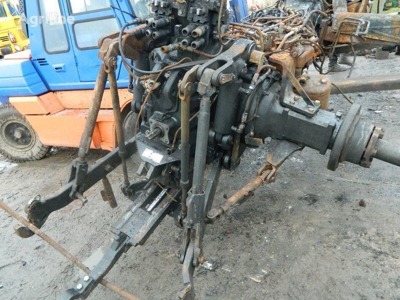 b/u zapchasti / used spare parts pièces de rechange pour NEW HOLLAND T7030 tracteur