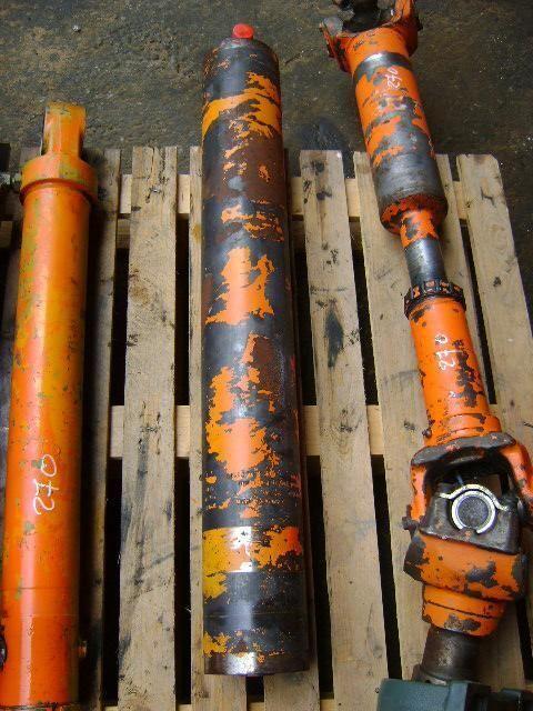 piston pour FIAT-HITACHI W 270 chargeur sur pneus