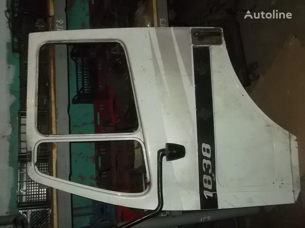 perednyaya LH Mercedes Benz porte pour camion