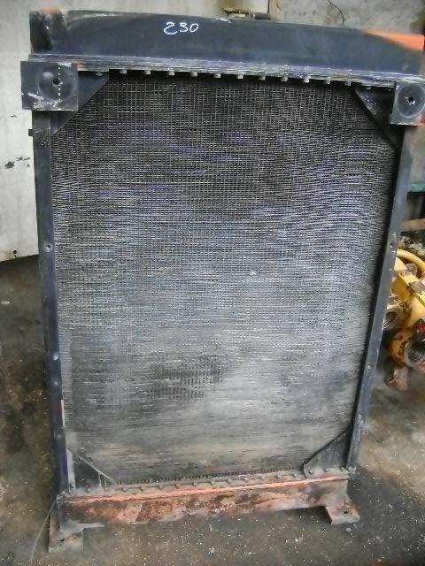 radiateur de refroidissement pour FIAT-HITACHI W 230 chargeur sur pneus