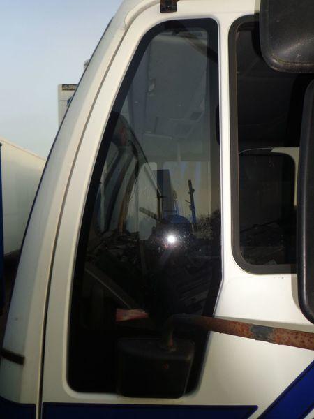 nepodemnoe vitre pour MAN 18 camion
