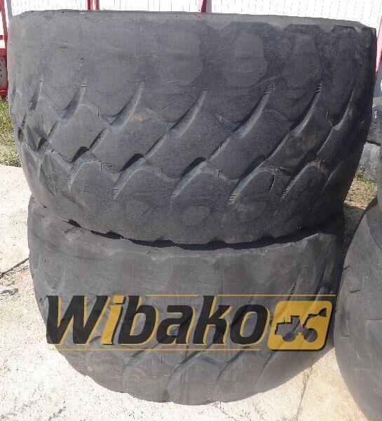 775/65/29 (24/45/28) pneu camion