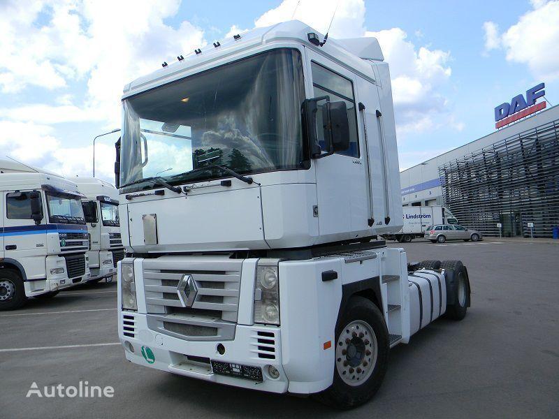 RENAULT MAGNUM 440 tracteur routier